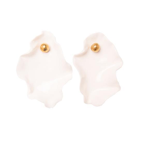 Oyster Earring 1