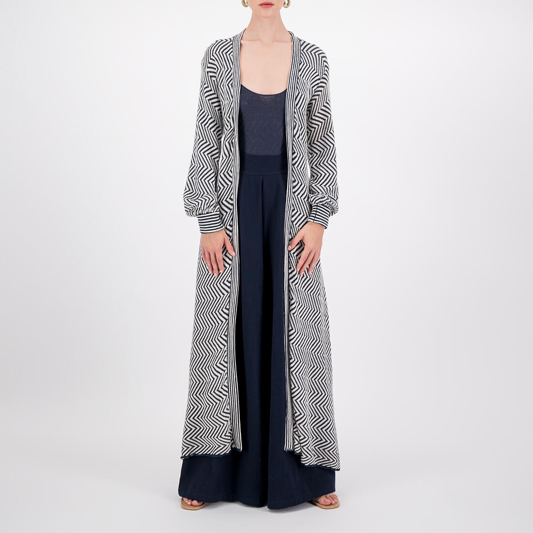 Machine-knit, floor-length kimono with long sleeves 2