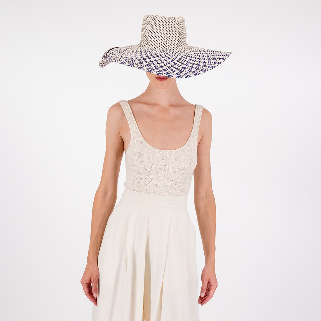 Palm woven hat 2